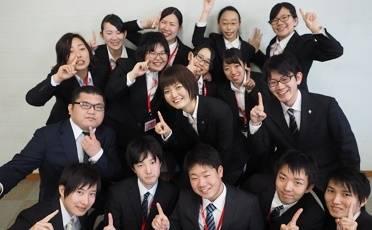 学部を問わず新入社員が入社。各所で活躍しています!