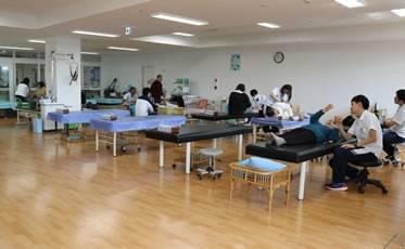 作業療法、物理療法、運動療法、言語療法を主体とするリハビリテーション室